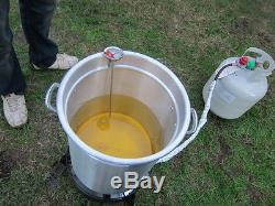 Bayou Classic 32 Quart Stainless Steel Pot Outdoor Turkey Fish Deep Fryer Kit