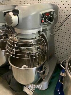 Hobart HL200 20 Quart Mixer Legacy Mixer with 20 QT Bowl, 120V- Has Whip Attach