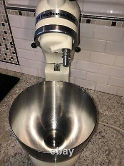 Hobart Kitchenaid K45SS 4.5Quart Stand Mixer Stainless Steel Bowl 3 Attachments