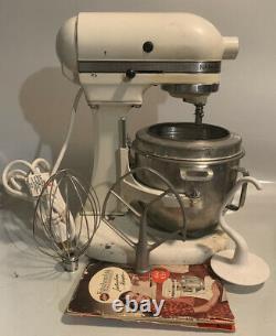 Vintage Hobart-Kitchenaid K5-A 5-Quart 10-Speed Stand Mixer withAccessories