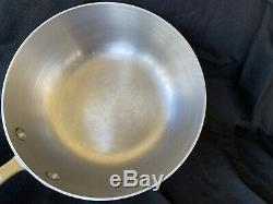 All-clad En Acier Inoxydable, 2 Pintes Saucier Pan Avec Couvercle