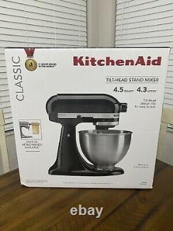 Kitchen Aid Classic Series 4.5 Quart Tilt Head Stand Mixer Onyx Black (nouveau)