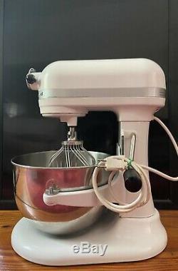 Kitchenaid 600 6 Pintes Batteur Sur Socle Blanc Avec Couverture De Nice Mixer