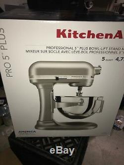 Kitchenaid Pro 5 Plus Mélangeur Sur Socle D'arc, 5 Pintes, 4,7 L, Argent Kv25goxsl Nouveau