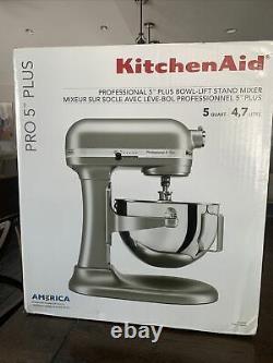 Nouveau Mélangeur Silver Kitchenaid Pro 5 Plus 5 Quart Bowl-lift Stand! 449,99 $ Nouveau