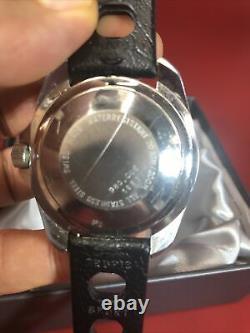 Vintage Heuer 200 Meter Professional 980.006 1853 Quarts Cadran Noir Montre De Plongée